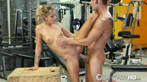 Marvelous Jessa Rhodes has sex workout in gym