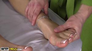 Cute buxom blonde gets boned well during massage