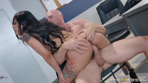 Young Latina troublemaker gets fucked by a cop